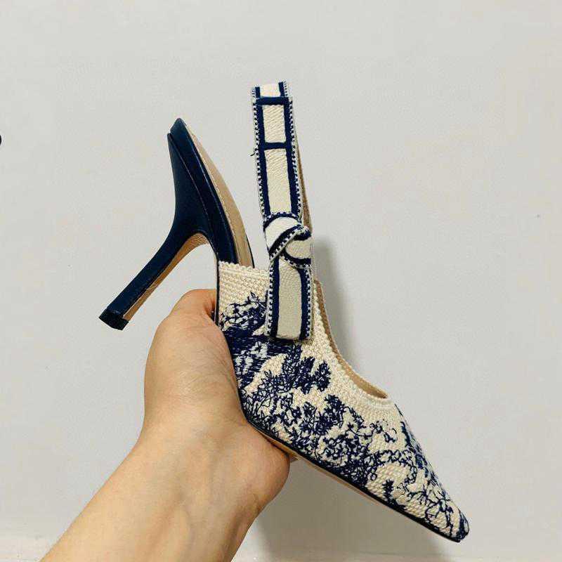 2021 Newest Color letra Bow KNOT High Heel Shoes Mujeres Pista puntiaguda Punta de Toe Bajo Tacón de talón Mujer Gladiaor Sandalias Lady Marca Diseño Calzado de malla