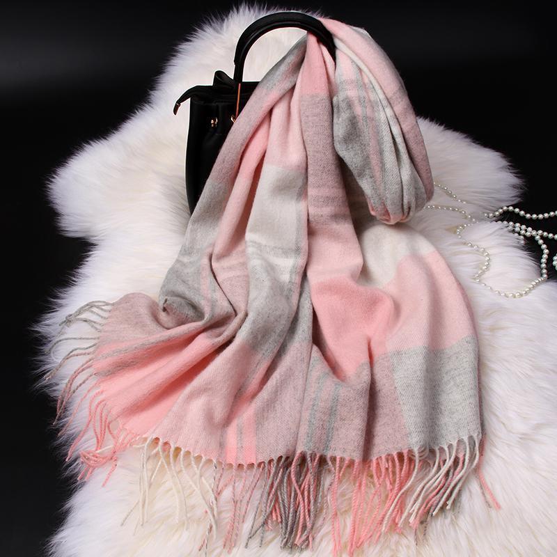 Bufanda de lana de tela escocesa rosa para las mujeres Koream Autumn Cálido Mantones y envolturas Foulard Invierno Cashmere Bufandas Manta Echarpe