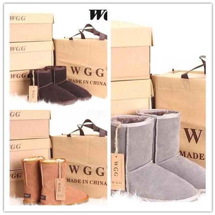 2020 Hot Sell Sell Aus Classique Short 5825U Femmes Bottes de neige Gardez une botte chaude Bottes pour femmes Chaussures d'hiver 17 Couleur peut choisir une livraison gratuite