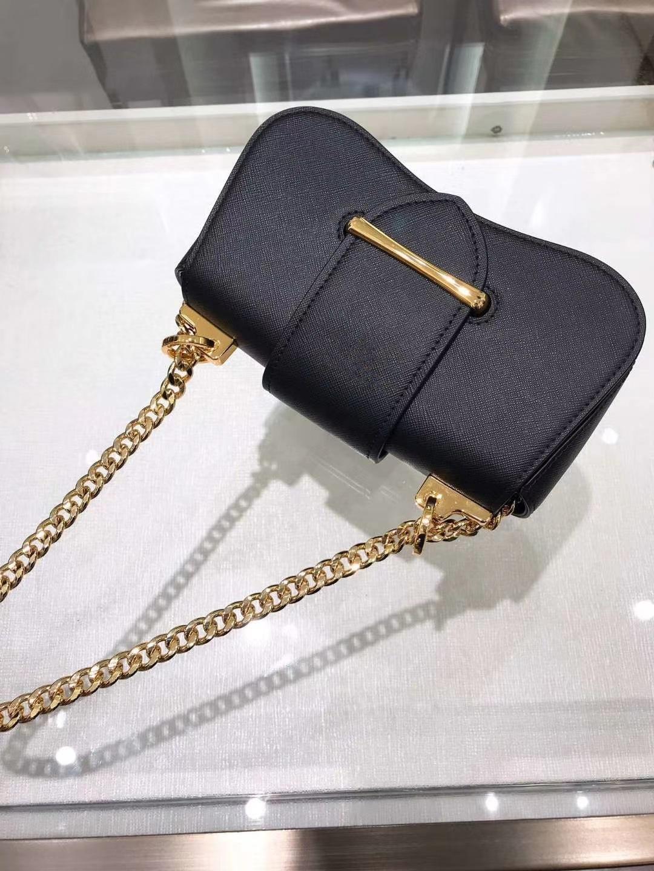 Imported дизайнерская сумка Crossbody Итальянская роскошь спина женские плечо плечевой лоскут BKQFK