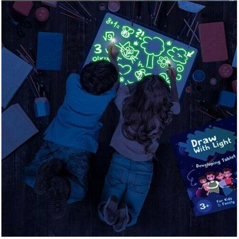 2021 A3 A4 A4 A5 LED Luminoso Tablero de dibujo Pantalón Graffiti Doodle Escritura Dibujo Tablet Magic Draw Con Light Fun Funorescent Pen Educational Toy
