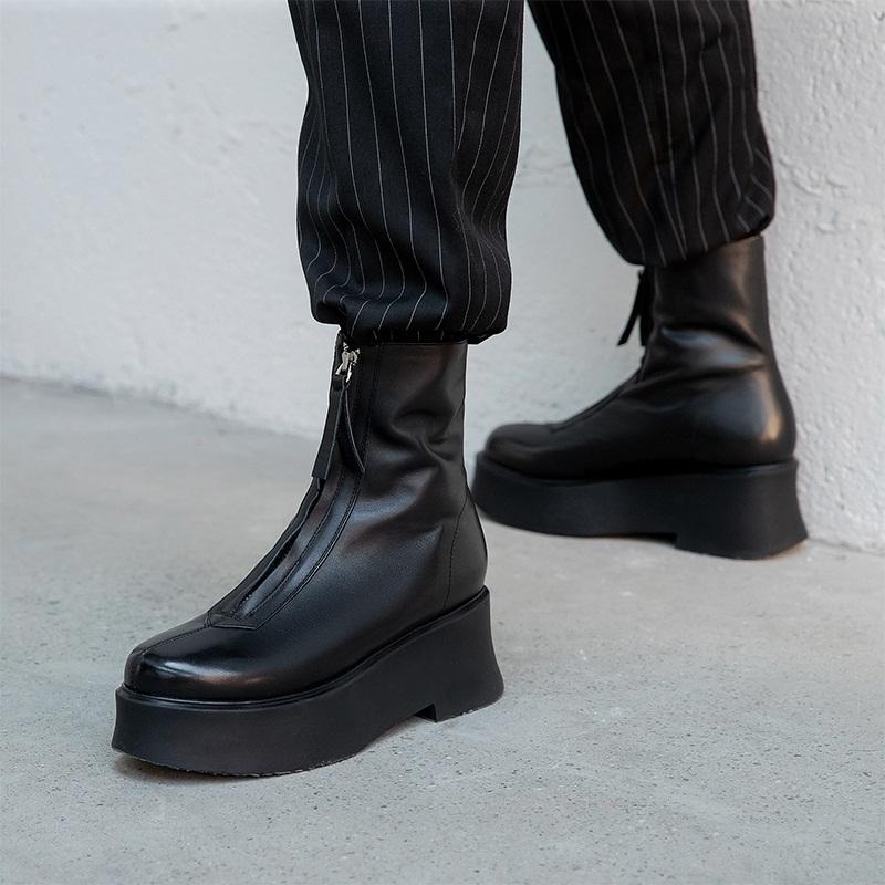 2021 Nuove talloni in pelle di alta qualità genuina femminile con stivaletti caviglie nere per le donne A2R0