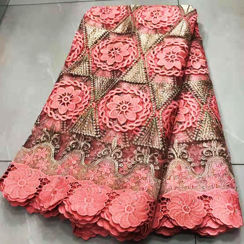 Tissu en dentelle africaine 2020 Tissu de dentelle de la dentelle française brodée Nigérian Tulle dentelle avec des pierres pour robe de mariée