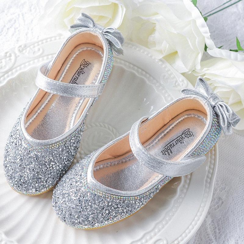 Novas Crianças meninas miúdos Bling Plano Sapatas macias Rhinestone Princesa sandálias calçados casuais de couro crianças dança vestido 8Mbe #