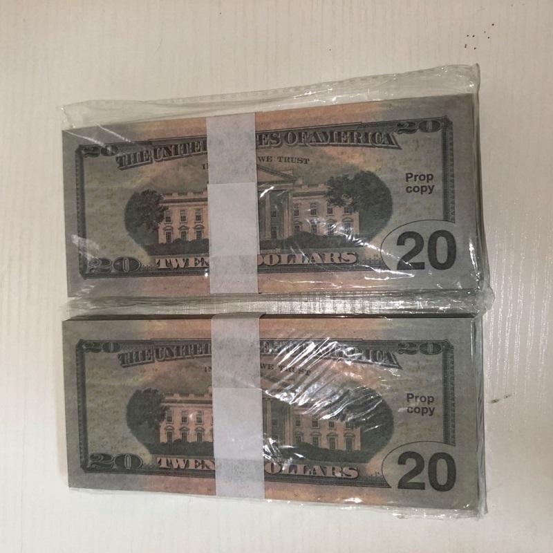 Реквизит качества Оптовая бара 20-4 Американская атмосфера 100 Paper Отгрузка заводской реквизиты Доллар Высокие кусочки / Пакет Валюта Party UWVRS DBHOC