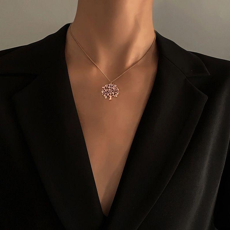 Nuovo Trendy Crystal Zirconia Tree of Life Round Ciondolo Collana pendente per le donne Choker ACCESSORI Monili fortunati GIF La catena clavicolare è versa