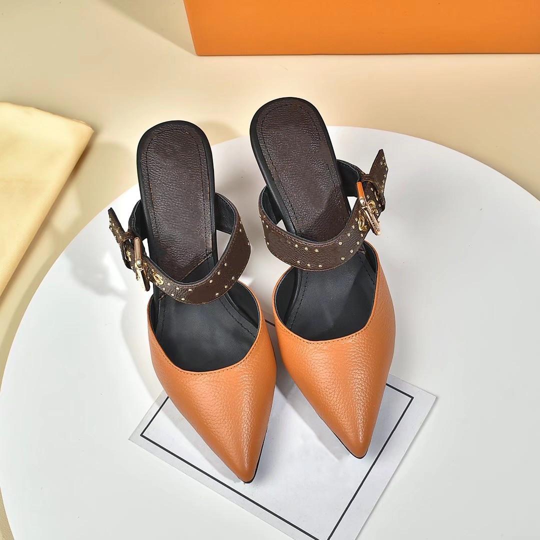 Designer di lusso di alta qualità in pelle scarpe con tacco alto donne lettere uniche sandali vestito vestito sexy vestito scarpe vestito lfrthndf