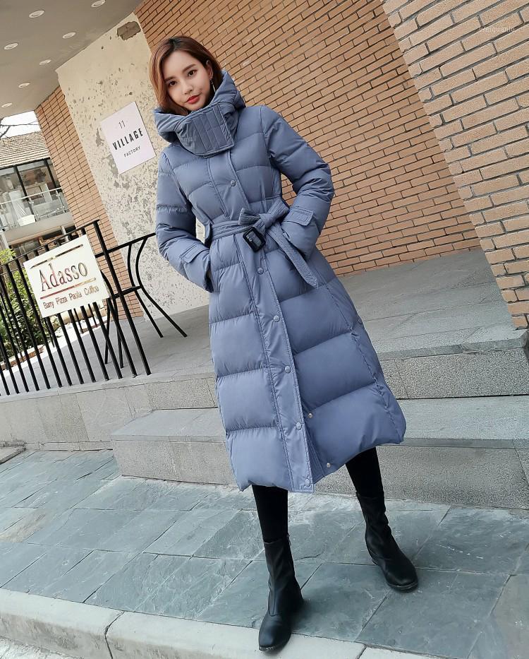 Invierno mujer abrigo de moda nueva chaqueta con capucha engrosada de gran tamaño azul negro blanco1
