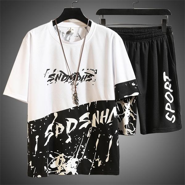 Мужские Tracksuit Набор Harajaku рубашки Человек Письмо печати Трек костюм 2 шт комплект летней одежды для мужчин Hip Hop нарядах Мужской наборы 2020 1022