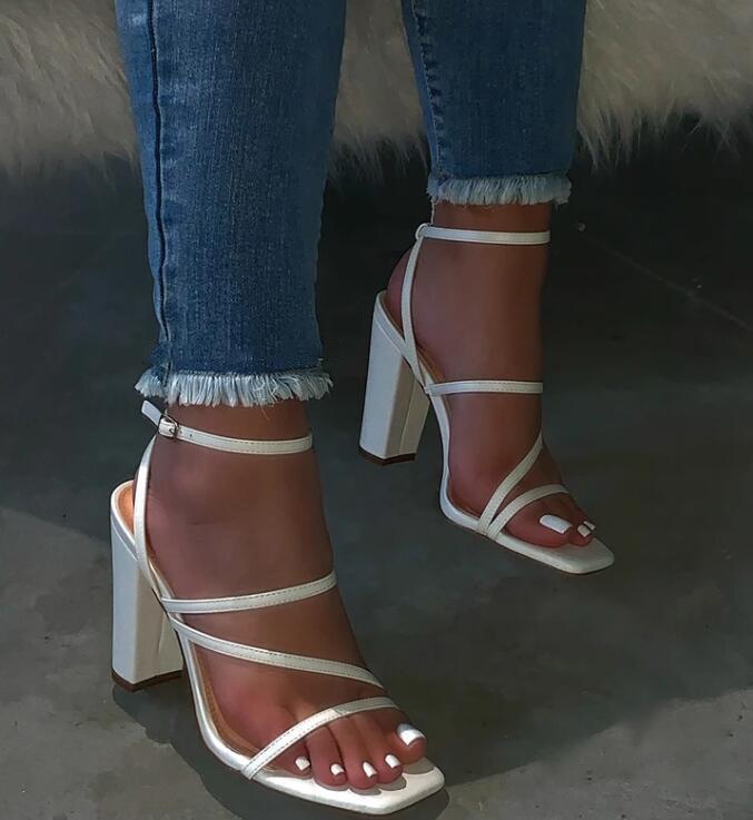 Verano Mujer Sandalias Zapato con cierre de zapatos de tacón alto de la hebilla de la correa de las señoras al aire libre de vacaciones Zapatilla 9109