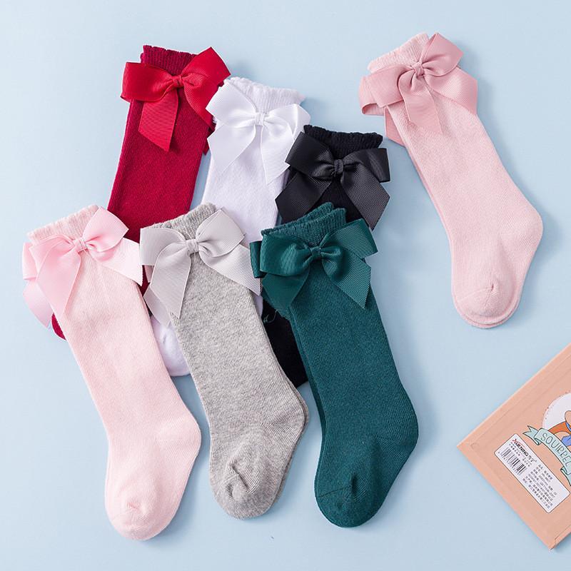 Хлопок Детские девушки носки с большими луками колена высокие дети принцессы носки для девочек новорожденного ребенка длинный носок осень зимний стиль Y201009