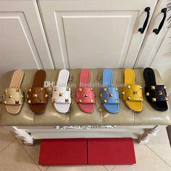 Luxurys designers rebite slipper sandálias de borracha praia slide homens engrenagens fundo listrado sandália causal não-deslizamento verão huaraches flip flops