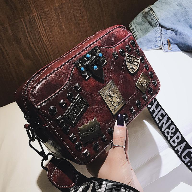 Metal badge Appliques handbags Rivet Small square Crossbody bags vintage pearl lock women patchwork handbag fashion Shoulder bag Q1230