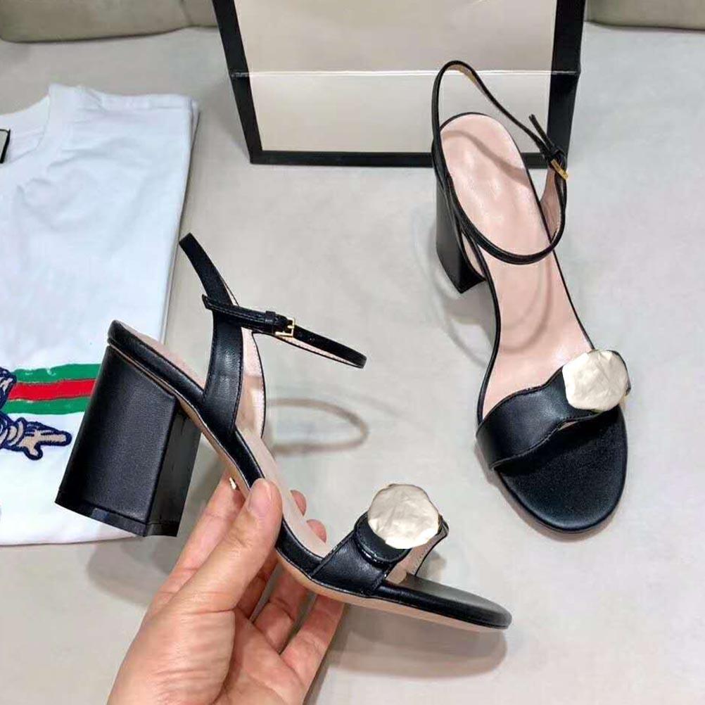 büyük boy kadın yükseği toka Moda platformu sandalet tasarlanmış deri bayanlar yüksek topuk sandalet yaz kadın ayakkabıları platformu seksi metali