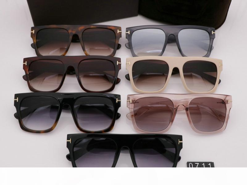 2020 Новый Leisure Личностные солнцезащитные очки Мужчина Женщина очки Tom Дизайнерские очки UV400 брод Модные солнцезащитные очки 0711 на свежем воздухе