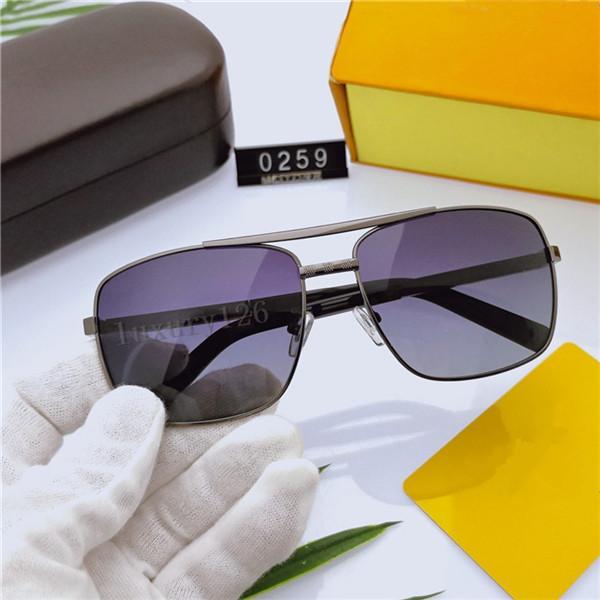 Mode Classic Lunettes de soleil Attitude Lunettes de soleil Or Cadre Or Cadre carré Cadre Vintage Style Extérieur Modèle classique 0259 dans la boîte