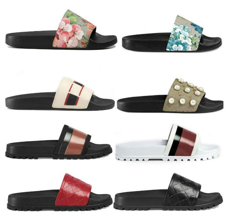 2021 Donne da donna Sandali Designer Shoes Luxury Slide Summer Fashion Ampio piatto Slipperty con sandali spessi Slipper infradito taglia 36-45