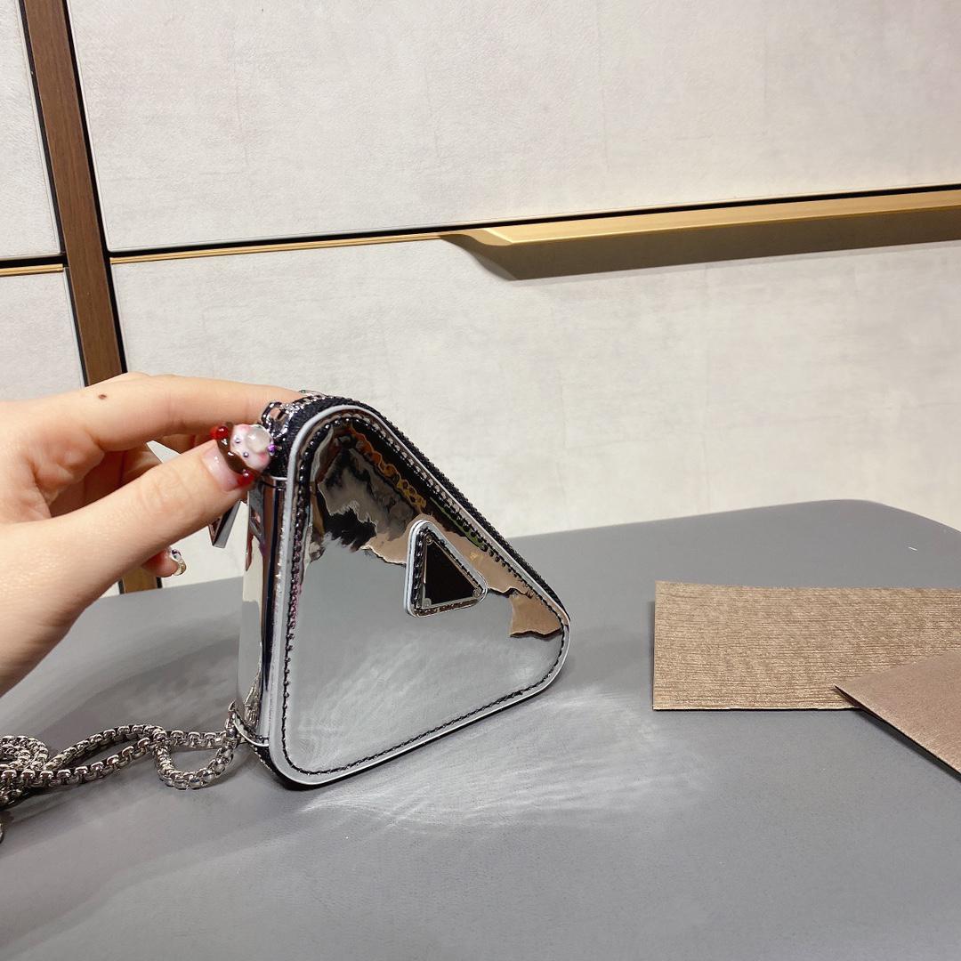 토트가있는 미니 쇼핑백 고품질 토트 백 빛나는 핸드백 여성 가방
