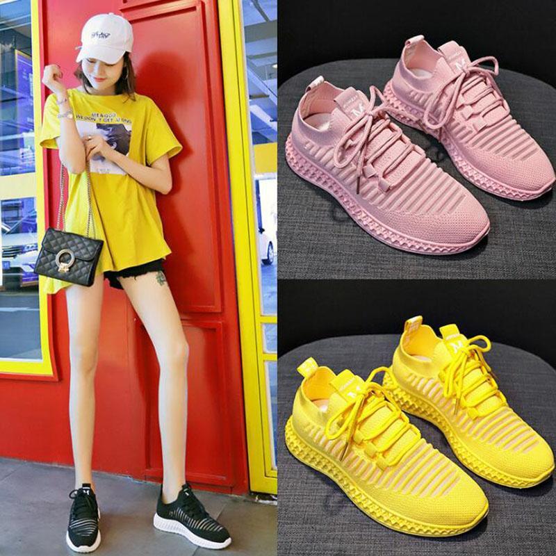 caldo vendita-nuova delle donne casuali della scarpa da tennis Pure White traspirante Tutto-fiammifero moda scarpe di stoffa esterna Womens Triple Nero Rosa Sneakers formato 36-39