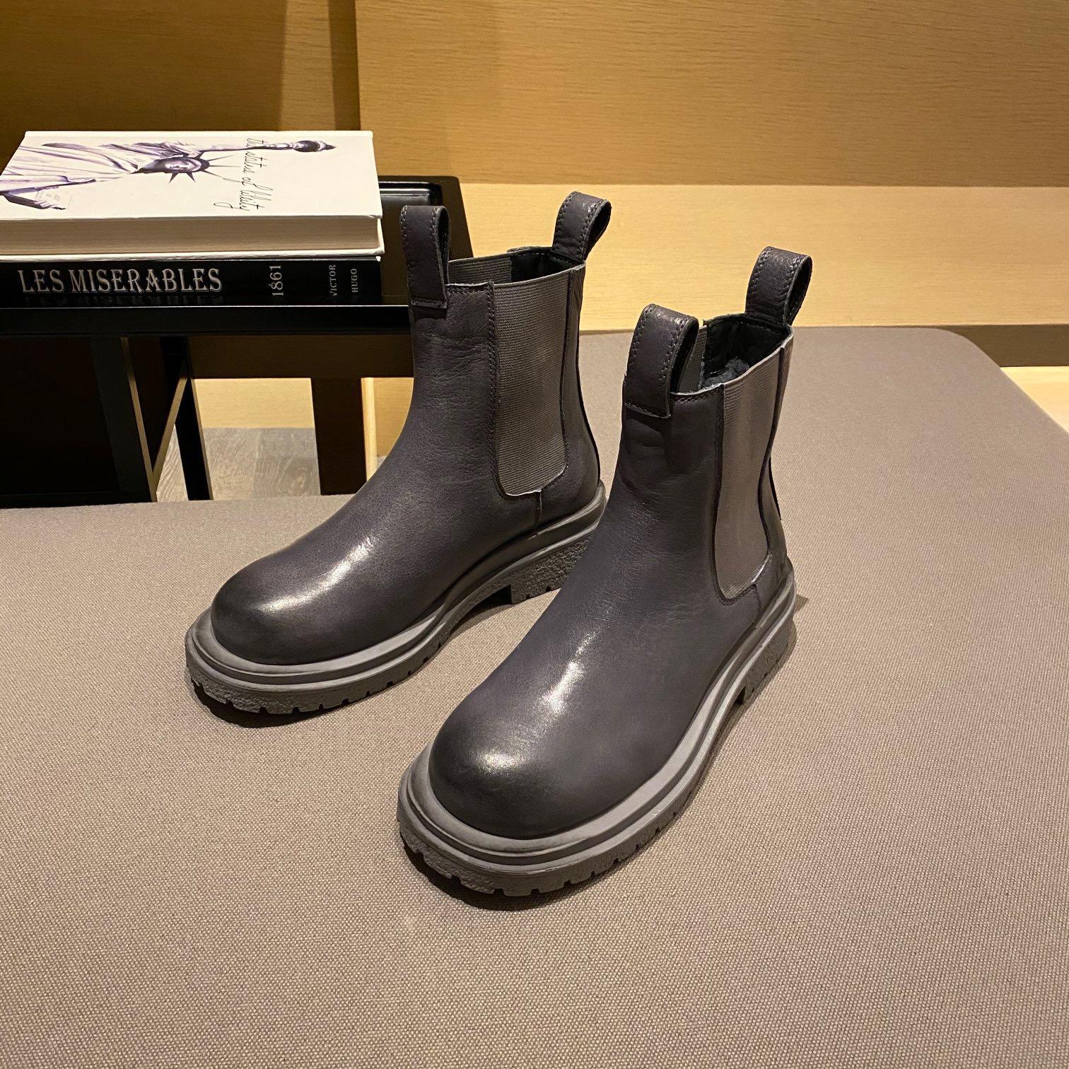 Designer Womens Boots Luxury Grey Gradant Letola Lettera di cuoio Scultura della testa rotonda con Bluff Tacco basso di alta qualità con la taglia 35-40
