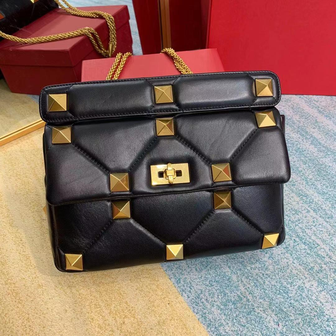 new trendy nappa pattern Roman Studs Shoulder Bag with chain High Quality Genuine Leather Rivet Messenger Flap Bags Classic Stud Bag Handbag