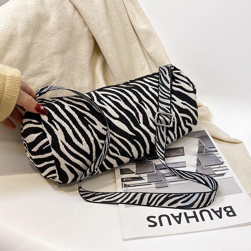 Muster Taschen kleine Frauen Trend Zebra für Leinwand 2020 Frauen Handtasche Geldbörsen und Markenschulter Lux Kette Handtaschen Casual C1019 XSDKR