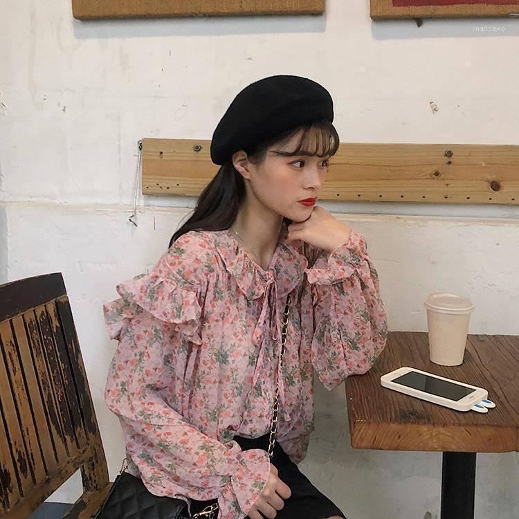 Женские блузки Рубашки Hstar 2021 Весна Женщины Элегантный LACC UP Blouse Lady Шифон Ruffled Улица Женщина Бабочка Рукав Цветочный Топ1