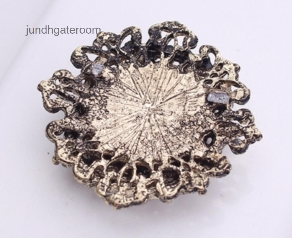 Tono de cristal estilo vintage antiguo y perla oro broche sin pin