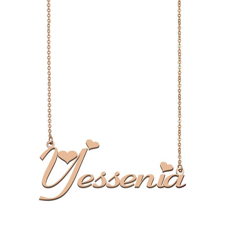 Yessenia Namenskette benutzerdefiniertes Typenschild Anhänger für Frauen-Mädchen-Geburtstags-Geschenk für Kinder Beste-Freunde-Schmucksachen 18k Gold überzogener Edelstahl