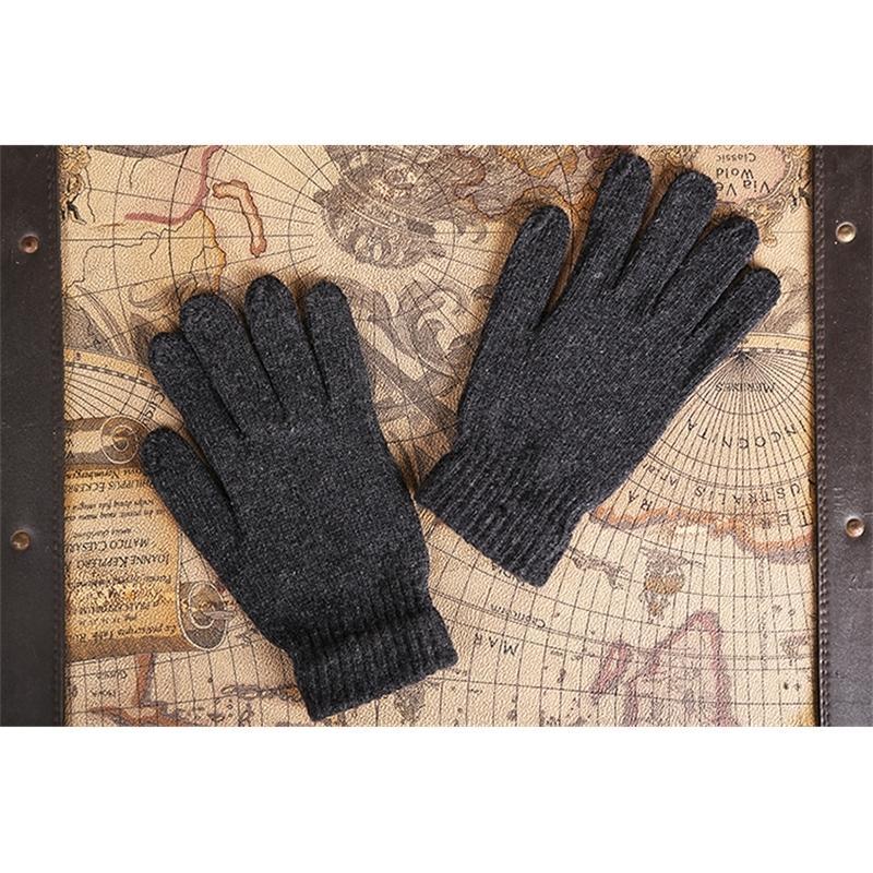 2021 الخريف والشتاء الجديد والأزياء الجديدة الأزياء الرجال قفازات رشاقته من الصوف الأسود الساخن محبوك القفازات piln