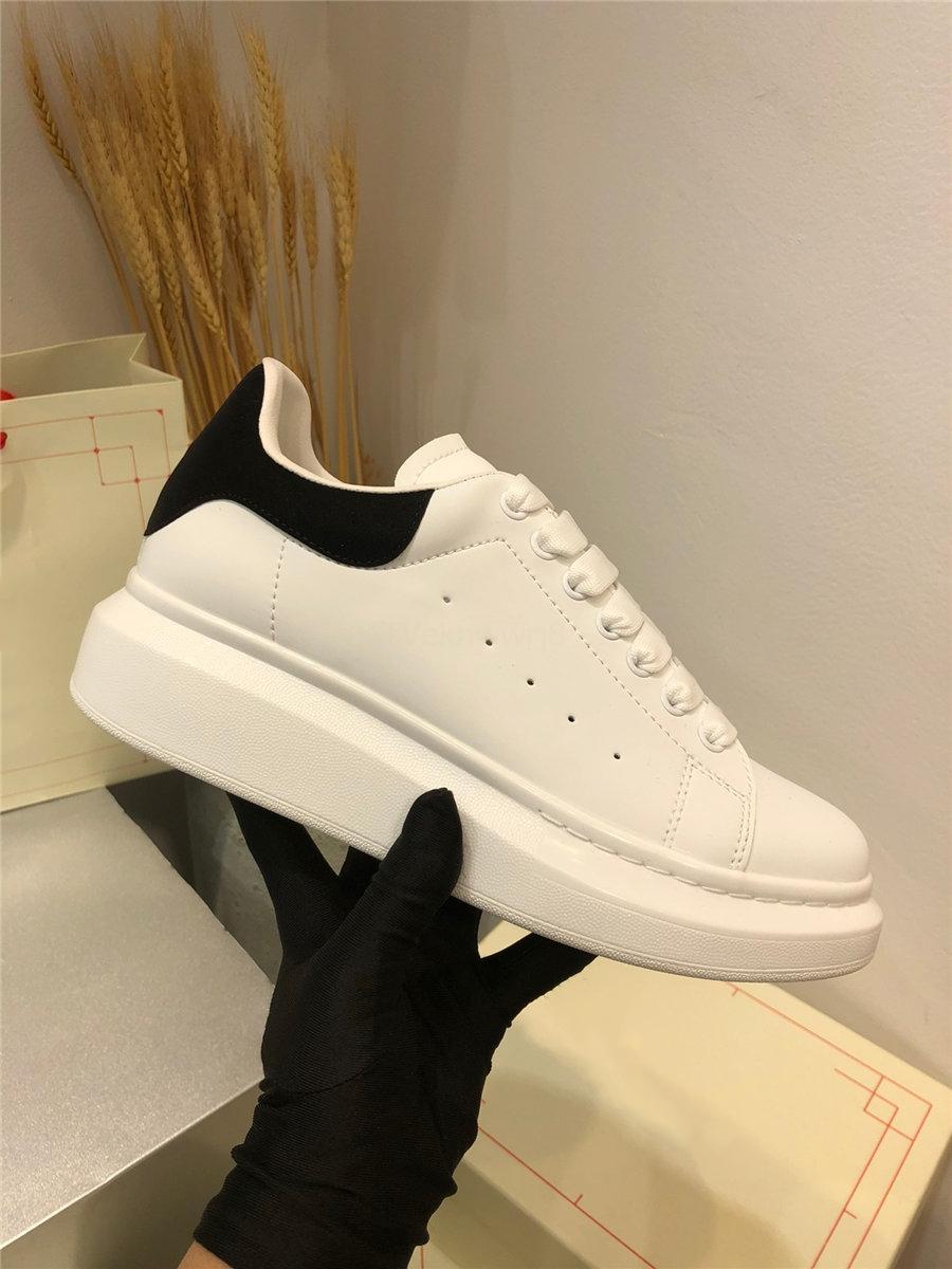 Chaussures en cuir véritables de la mode britannique masculin Casual appartements PAR Chaussures Hommes Cuir Oxfords Red Ess ESS Mariage Chaussures mâles Haut-Tops TD7 # 522666666