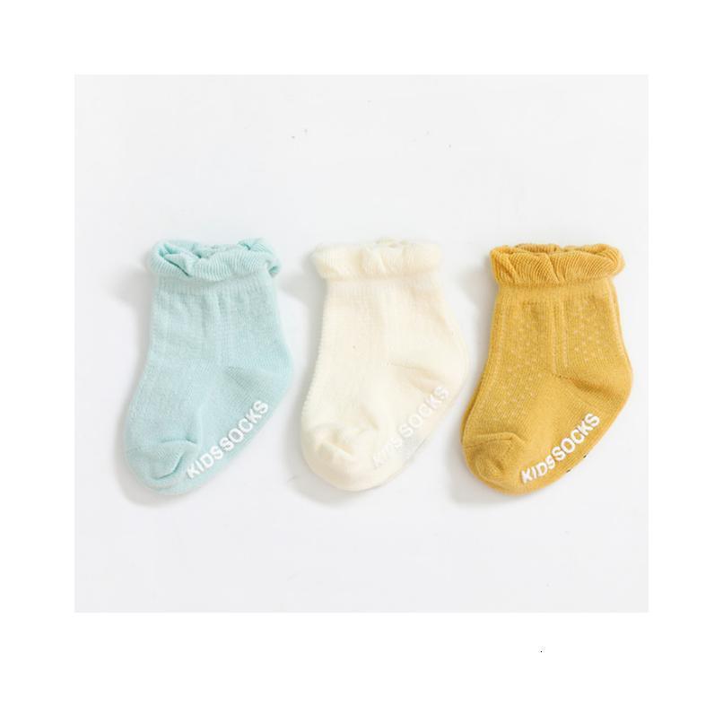 Bambini 3Pair / lot 2020 Nuovi calzini per bambini antiscivolo calzini neonati per ragazze e ragazzi 3pair / qylfrh 1cnec
