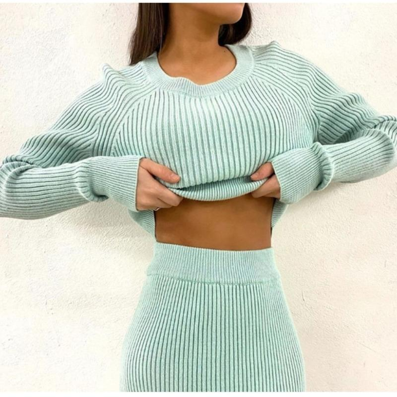 Tracksuit Women's Knitted Sweater Skirt Two Piece Set Women Slim Fit Crop Tops Female Sweater Skirts Suits Womens Outfits 201130