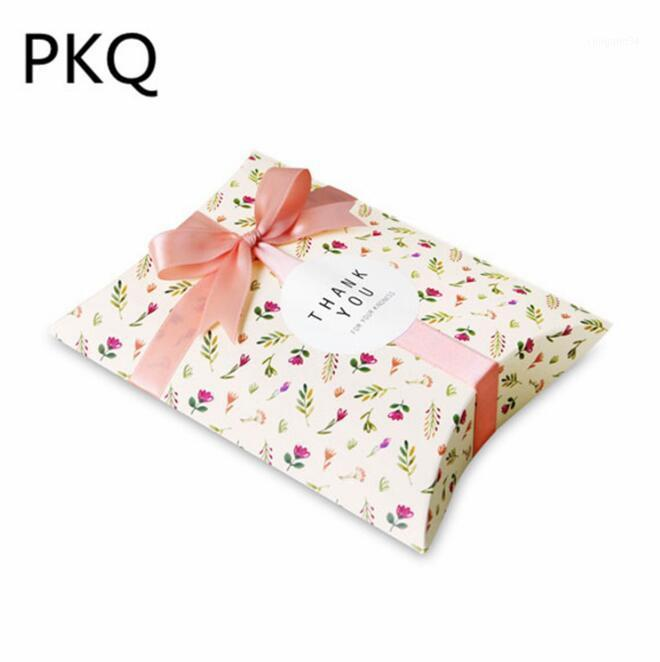 50 шт. 14x10x2.8cm Небольшая подушка Бумага Бумага Цветок Печатная Конфета Сладкая Упаковочная коробка День рождения Свадьба Пусть для Guest1