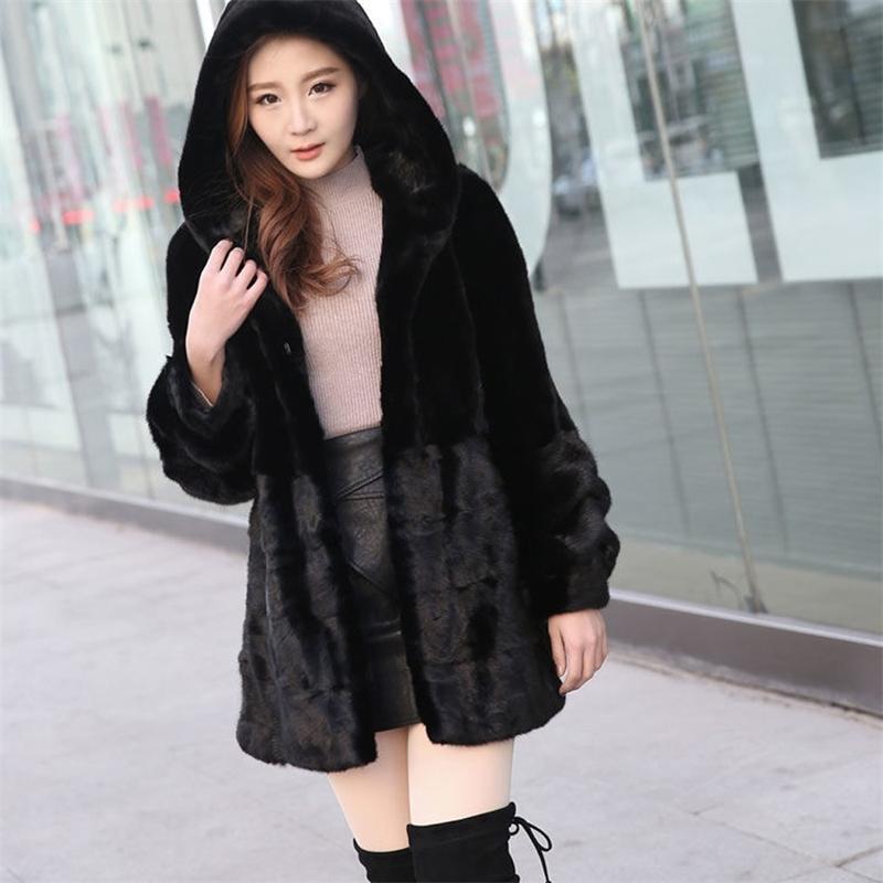 Kapuze reine echte 100% realer Kaninchen-Pelz-Mantel der neuen Frauen Winter Plus Big Size Fabrik-Tropfen Shiping Pelz Outwear Hoodie tsr869 201017