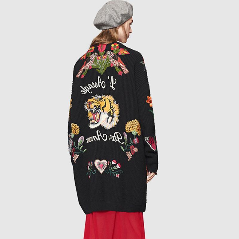 Длинные ретро Элегантный Кардиган Осень Женщины Повседневная мода Женщины свитер пальто Вышитые цветы Тигр