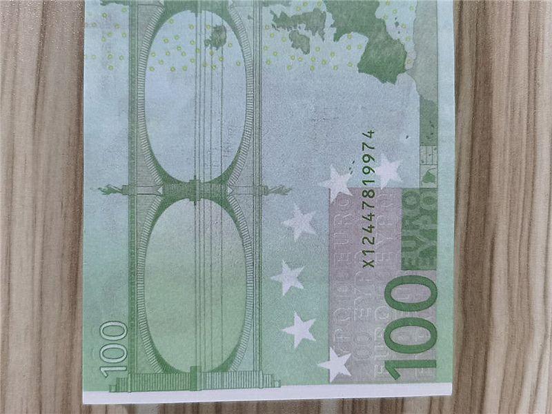 2021 Cross-frontière Hot-Selling Moderne Argent Euro 100 Papier Copier Banknote PROP ARGENT EURO 100 PCS / PACK 011