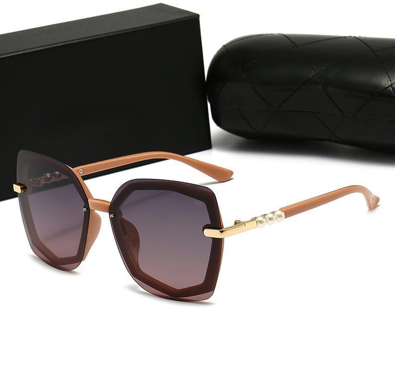 2021 Moda Mujer Gafas de sol Square Marco Gafas Top Calidad Pearl Jewelry Protección UV Eyewear Avant-Garde Style