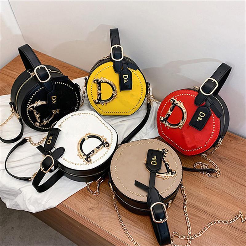 Briefdesign Umhängetaschen Frauen Mädchen Crossbody Messinger Tasche PU Leder Runde Taschen Handtasche mit Kette Satchel Outdoor Handy Pouch 2021