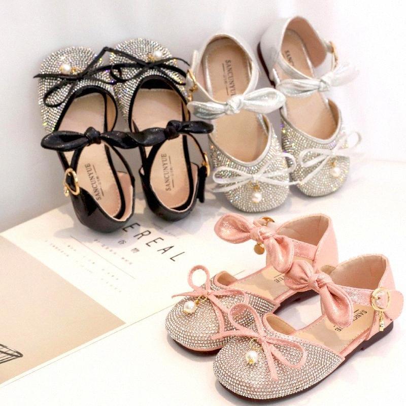 2020 Zapatos de los niños para la muchacha sandalias de cristal Otoño del verano de banda estrecha perla de la mariposa de la princesa del arco de danza Zapatos de los niños Mary Janes UZmI #