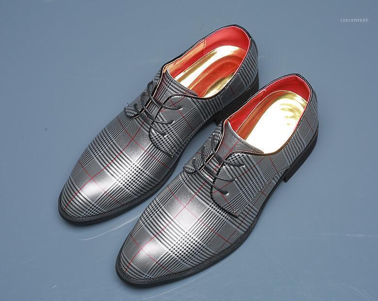Nouveau Britannique Classic Fashion Hommes à lacets Hommes Chaussures d'impression Mocassins Moins de Mariage Marchand Homecoming Chaussures de bureau Zapatos Hombre1