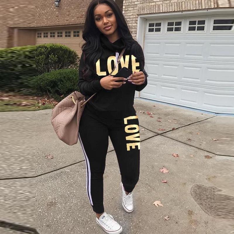 Artı Boyutu 2 Parça Set Kadınlar Siyah Kıyafet Aşk Mektup Baskı Yüksek Boyun Hoodies Kazak Pantolon Eşofman Streetwear Rahat Suit T200825