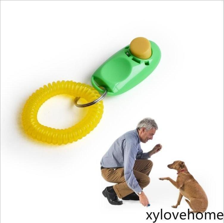 Botón de perro Clicker PET SONIDO TRIPANTE CON LA MUCHACHA GUÍA DE AYUDA DE LA MUCHACHA Click Click Agility Tool Herramienta Perros Suministros 11 colores de plástico con llavero