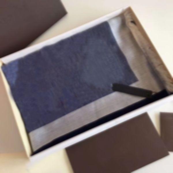 Pas de boîte coton carré carré foulard nouvel hiver foulard de luxe chaude foulard femme gilet foulard foulard concepteur cou chaud clasic automne hommes effrapeurs