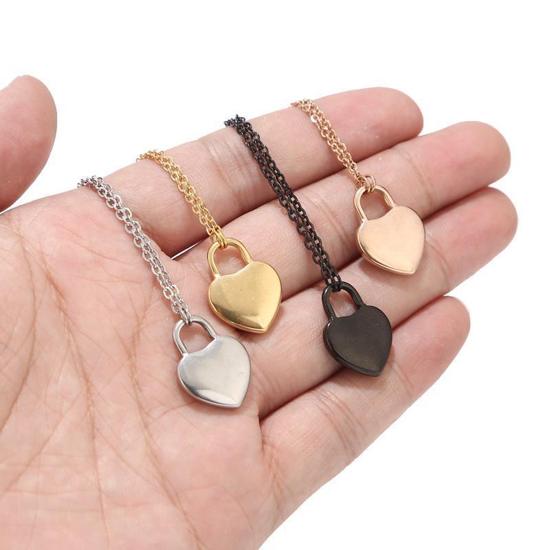 جديد الفضة / أسود / روز الذهب / الذهب الفولاذ المقاوم للصدأ القلب قفل سحر قلادة قلادة هدايا للنساء من أجل لها
