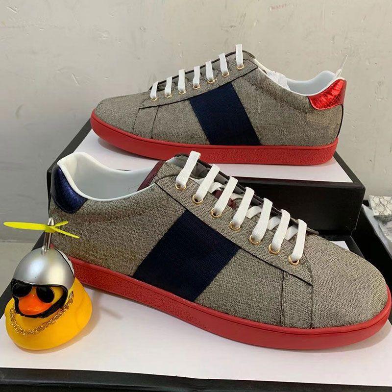 Chaussures de concepteur de fond rouge de qualité supérieure Bees ACE ACE Brodé Mens Femme Véritable Cuir Designer Sneaker Stripe Stripe Chaussures