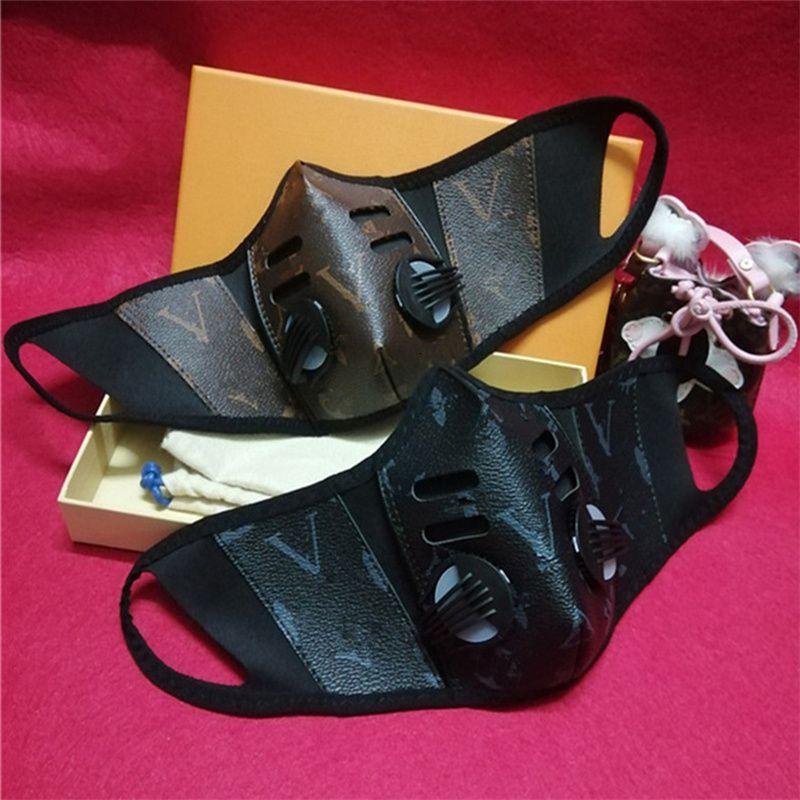 Unsiex Yüz Maskeleri PU Deri Yüz Moda Erkekler Kadınlar Ağız-mufla Yıkanabilir Doğa Sporları Koruyucu Maske OPP yazdır Maske Breathe toz geçirmez