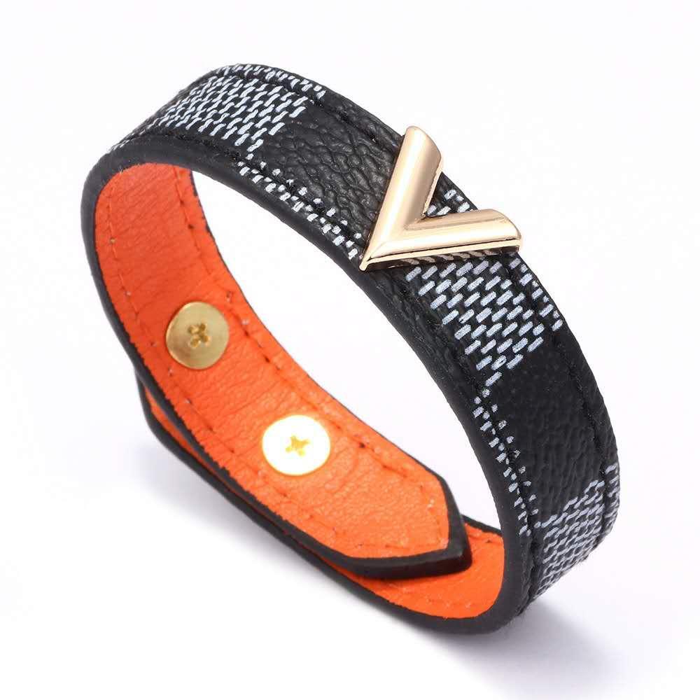 Оптовая кожаный браслет металла буквы V дизайн браслет, подарок горячий отдых в Европе и Америке,