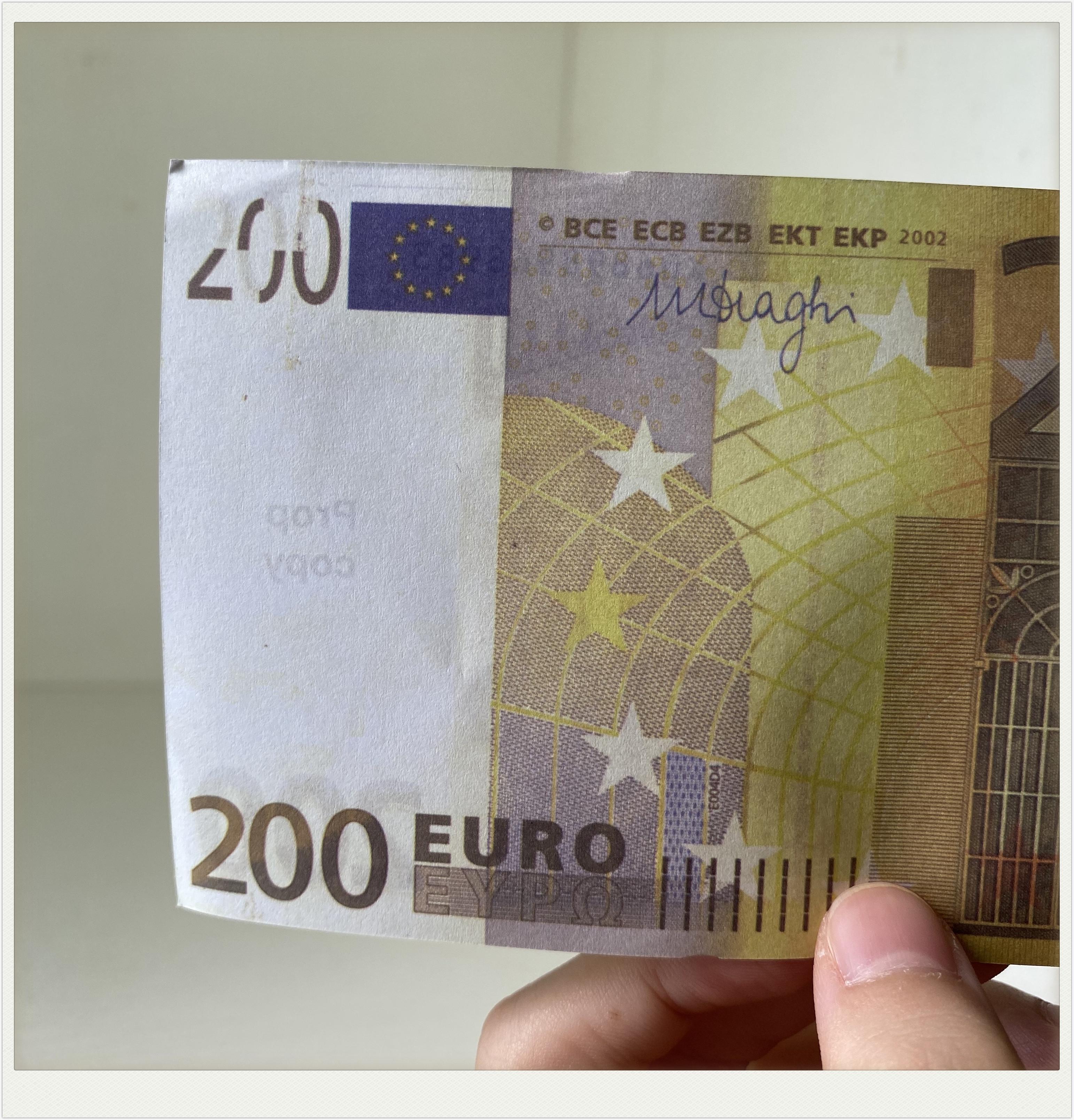 M016 della novità 200 EUR oro Banconote in 24K oro falso dei soldi di carta per la raccolta Euro banconote Imposta Giocattoli