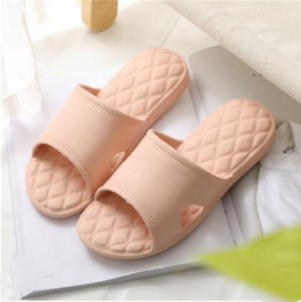 Kadın Sandalet Chaussures Beyaz Siyah Sarı Slaytlar Terlik Bayan Yumuşak Rahat Ev Otel Plaj Terlik Ayakkabı Boyutu 35-40 04